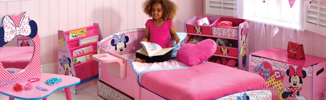 chambre minnie mouse d co minnie disney sur bebegavroche. Black Bedroom Furniture Sets. Home Design Ideas