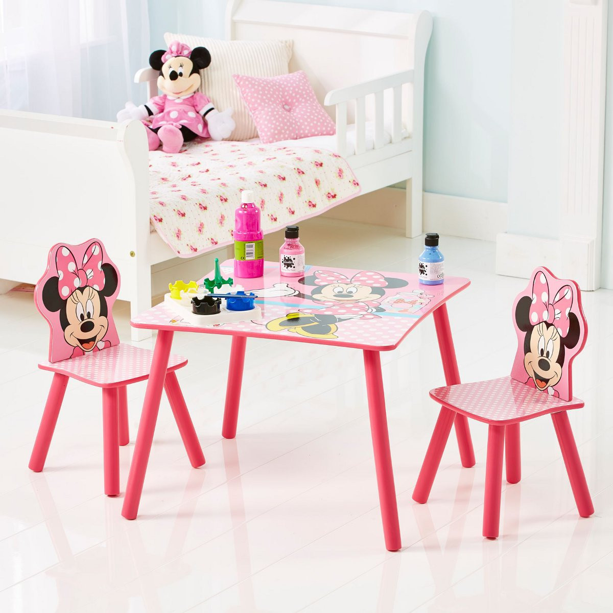 ensemble table et 2 chaises minnie disney ensemble table. Black Bedroom Furniture Sets. Home Design Ideas