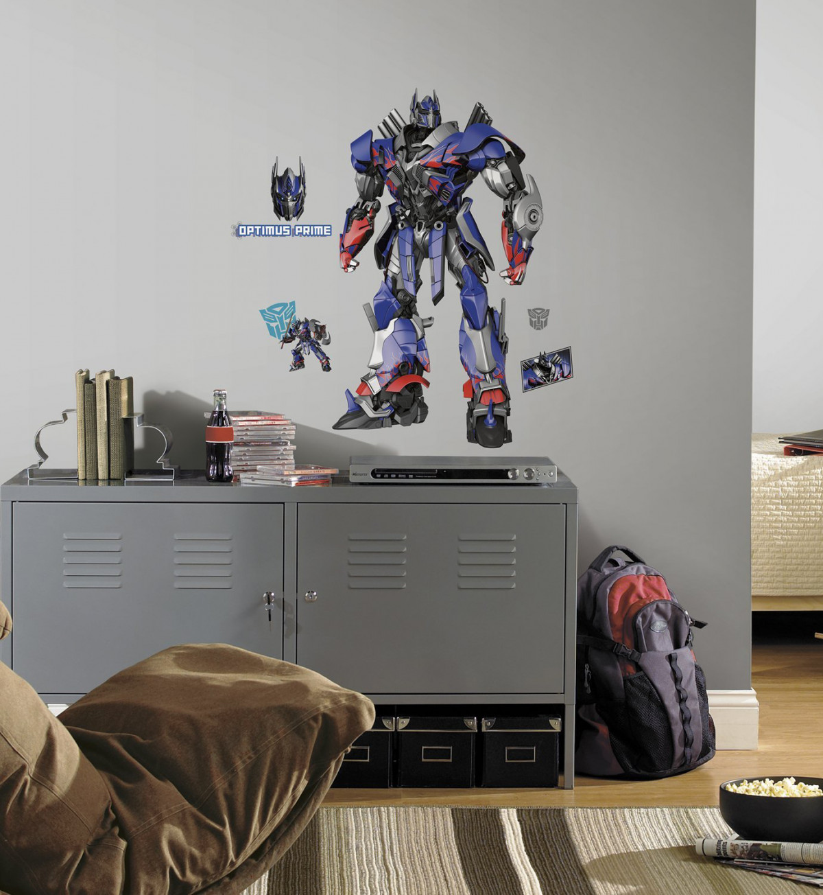 Sticker geant repositionnable Transformers Optimus Prime Hasbro 68,6CM X 101,6CM