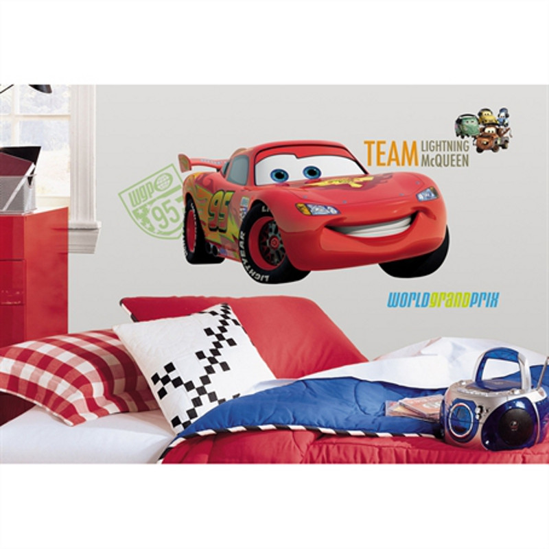 Stickers géant Flash McQueen Cars Disney